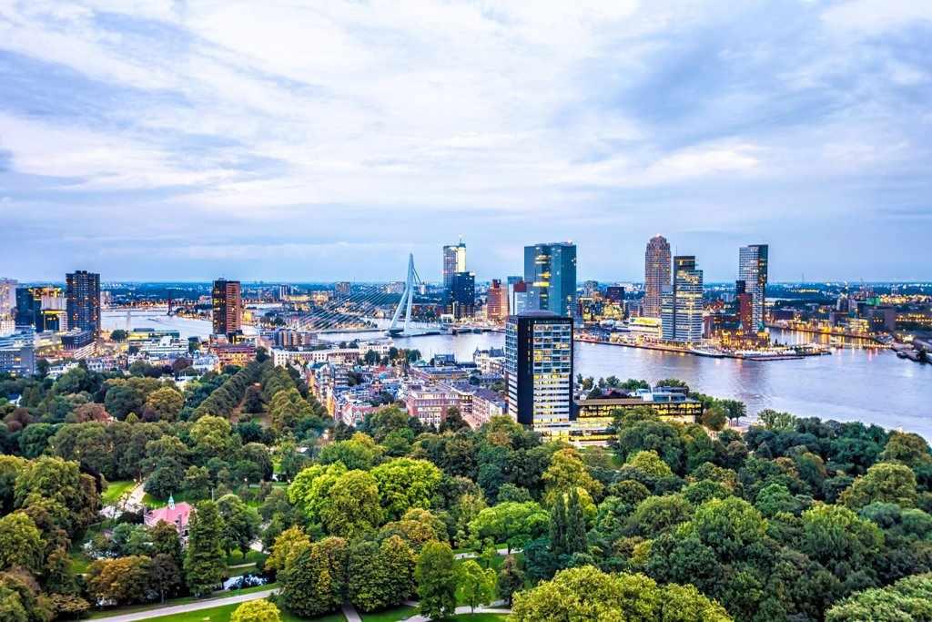 Какая виза нужна в Нидерланды
