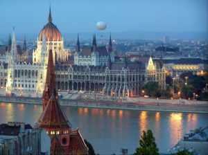 Столица Венгрии - Будапешт.