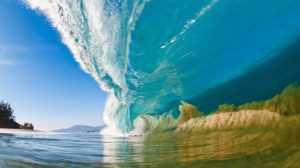 Гавайи - отличные волны для серфинга!